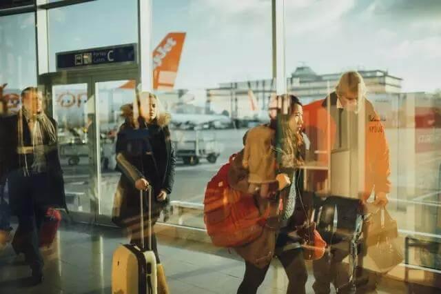 不同家境都是怎么出国留学的?