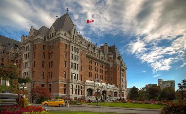 为何有评论说加拿大会迅速崛起,成为全球第一大留学目的国?