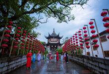 中国最有个性的景区,不穿汉服不让进,游客却抢着进,详细介绍-留学世界网