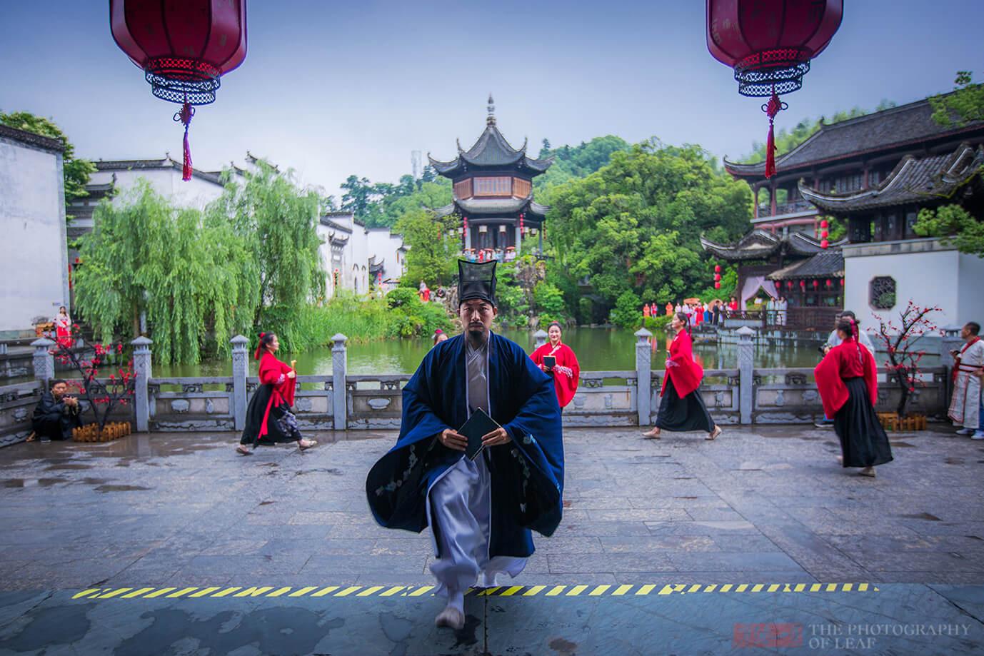 中国最有个性的景区,不穿汉服不让进,游客却抢着进,详细介绍