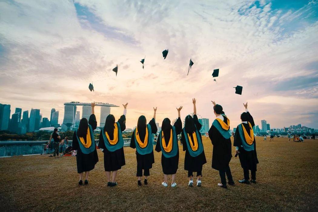 """留美4年的""""状元"""",对中国教育的4点感悟"""