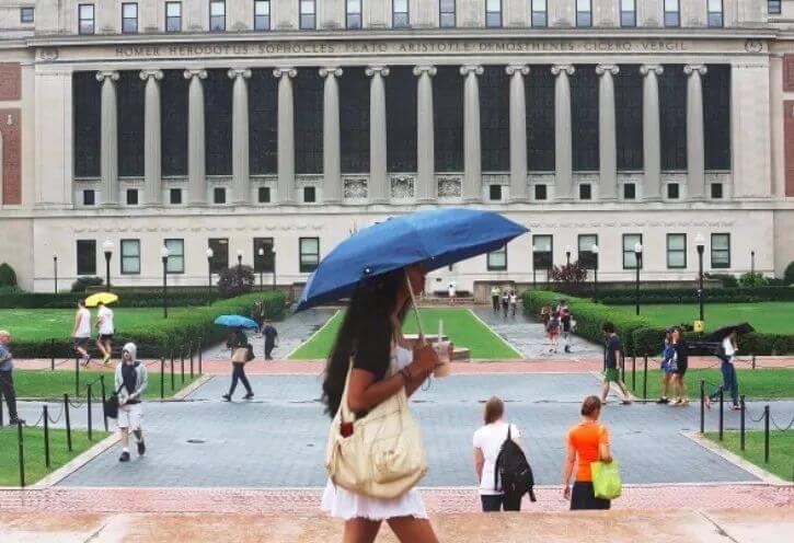 坑!中国留学生花$14000买offer后惨遭遣返!那些被黑中介毁掉的留学梦