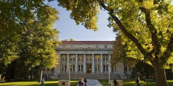 这所大学的前身是农科学院,在美国大学一直处于前沿地位!