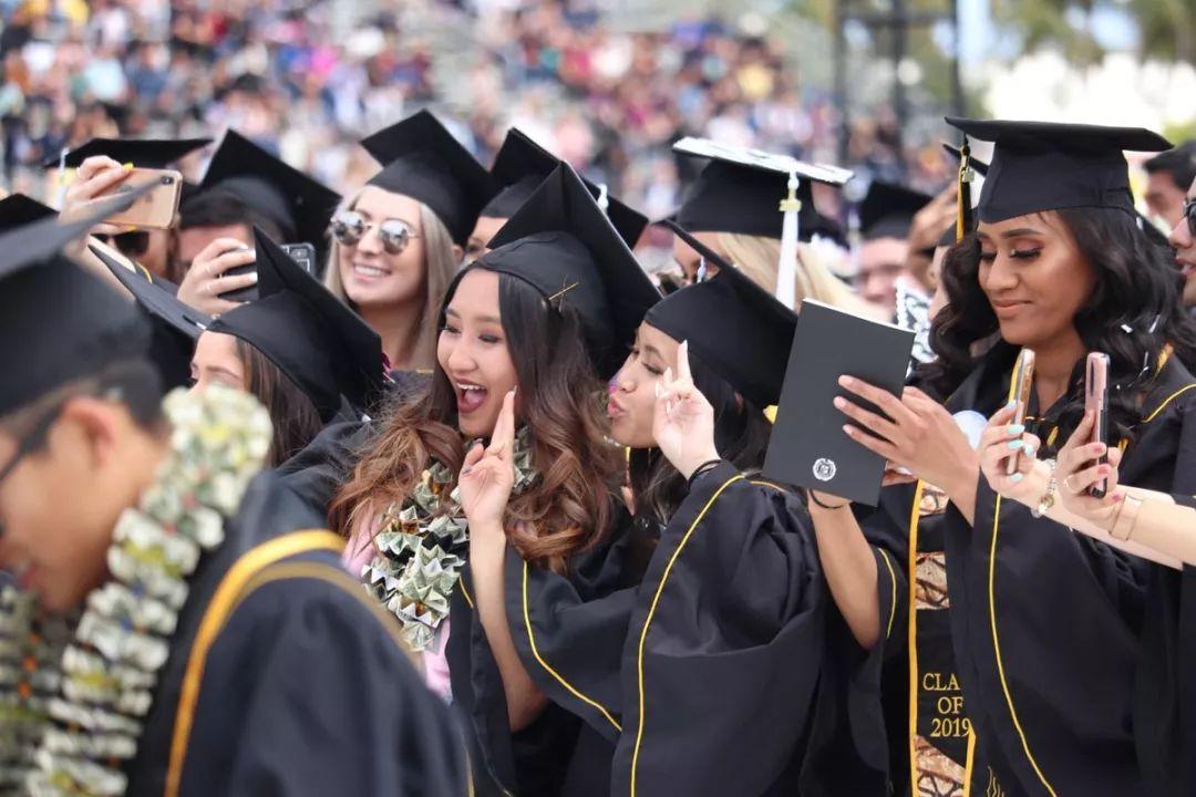 加州州立系统里的第二大校园--全美最美丽的大学之一