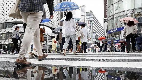 """日本女性就业人数突破3000万,""""女性经济学""""能挽救日本?"""