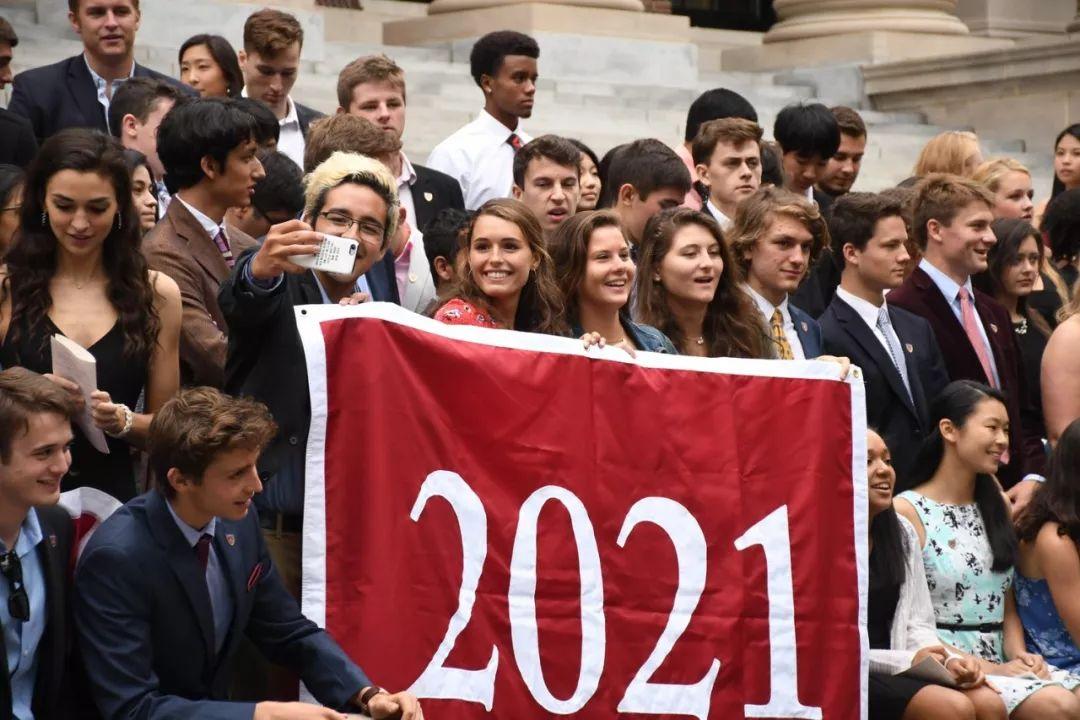 """今年50%的哈佛新生是""""富二代"""",寒门贵子已快""""灭绝""""了…"""