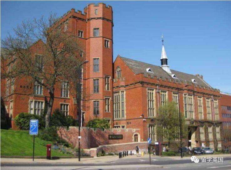 这些英国大学发offer,还真的挺爽快的!