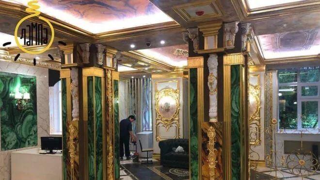 俄罗斯亿万富翁把母校翻修成了KTV包间。学生和家长们心情有点复杂...