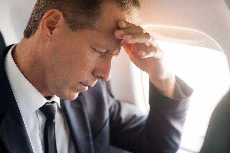 飞机上影响你身体的10件事