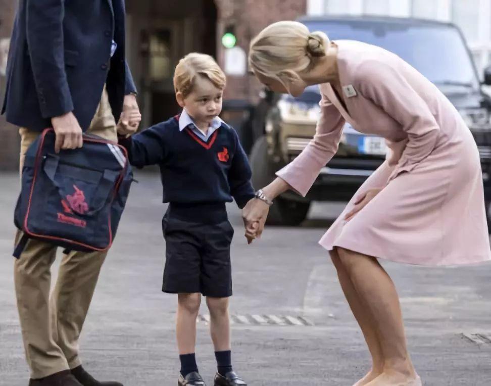 """从英国王室到比尔盖茨:真正有大格局的家庭,不相信""""快乐教育"""""""