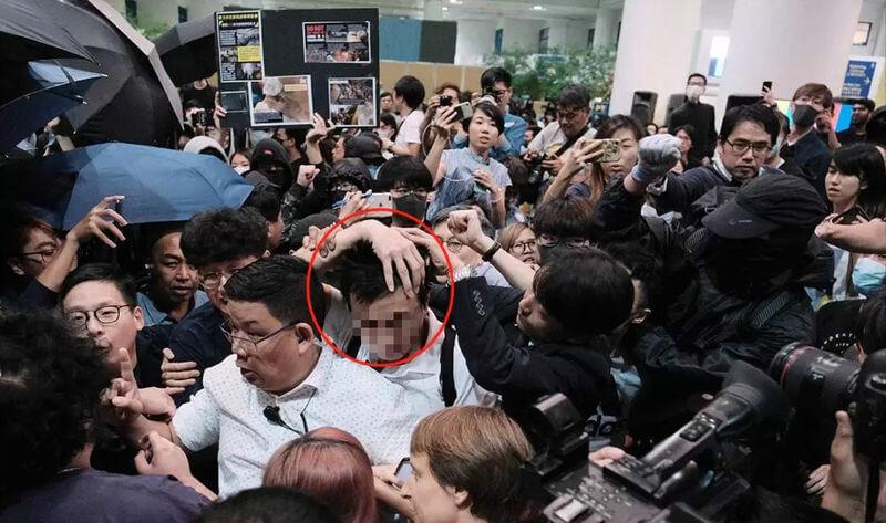 目击者讲述内地生在香港科技大学遭香港学生暴打始末