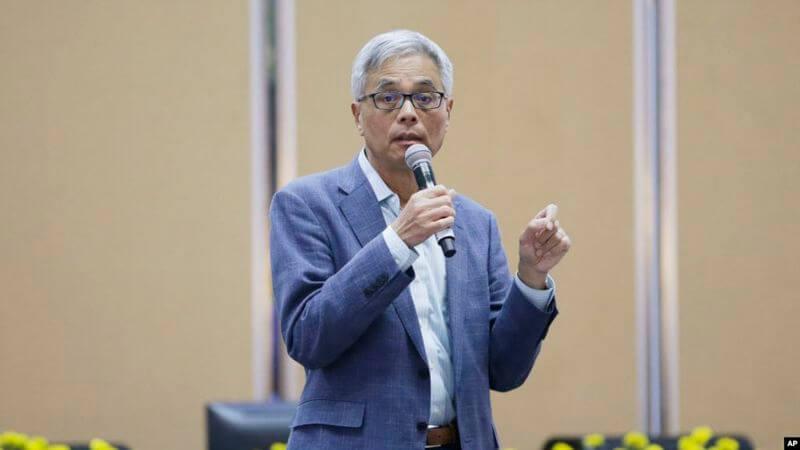 香港科技大学本科生周梓乐坠亡 数千人哀悼 守灵示威抗议警暴,并计划在本周末继续示威。