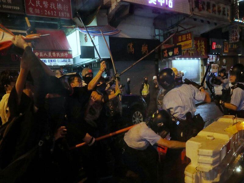 黎智英号召香港年轻人为自由殉道!反送中变宗教圣战?留学生注意规避!