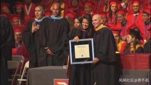 野鸡大学在美国叫文凭磨坊 最有名的毕业生是一只猫