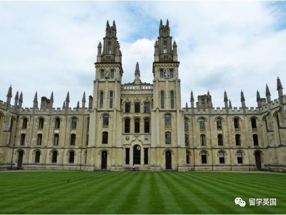 英国留学有哪些优势?背景不佳如何申请?