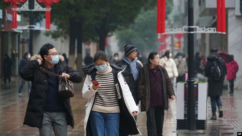 英国美国大学四位传染病生物学家研究报告 #武汉肺炎 感染人数14天内将突破25万!