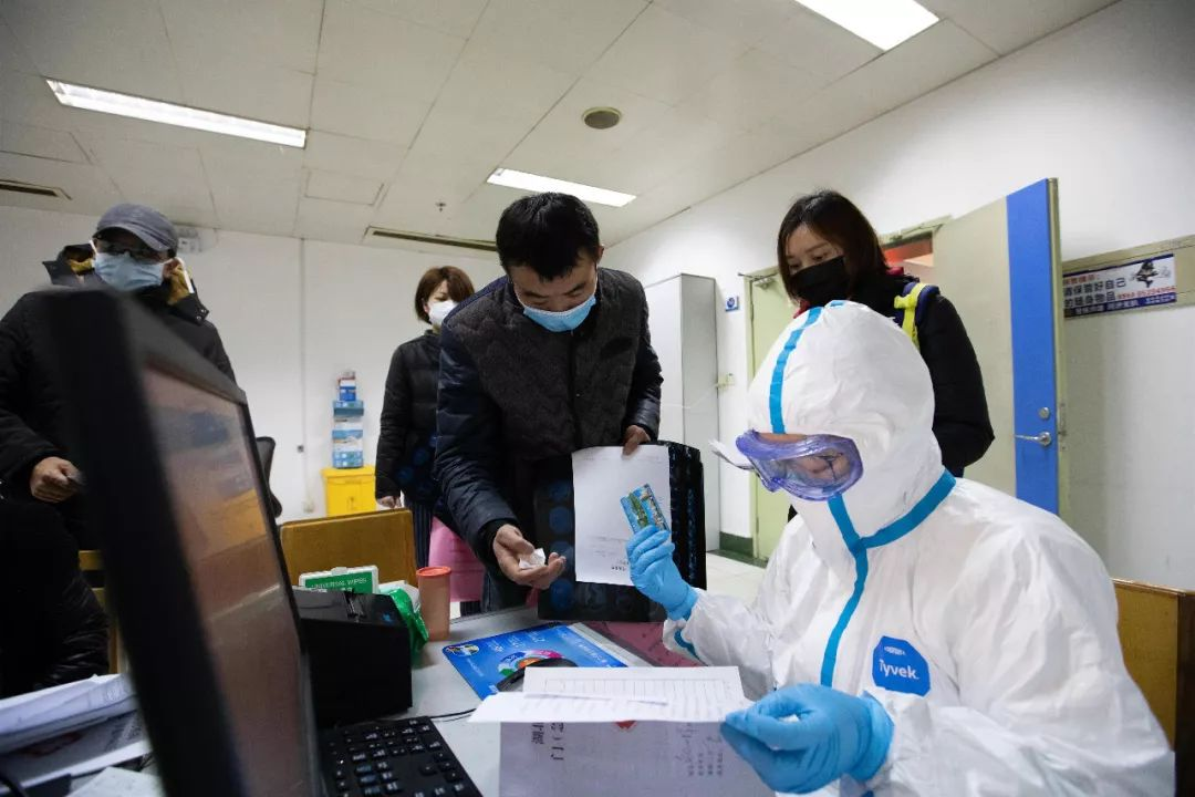 现场   武汉新型肺炎:为何直到今天才引起更大注意?