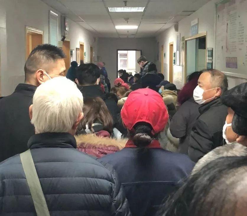 今天,武汉情况怎样?我们发现医院病人少了一多半