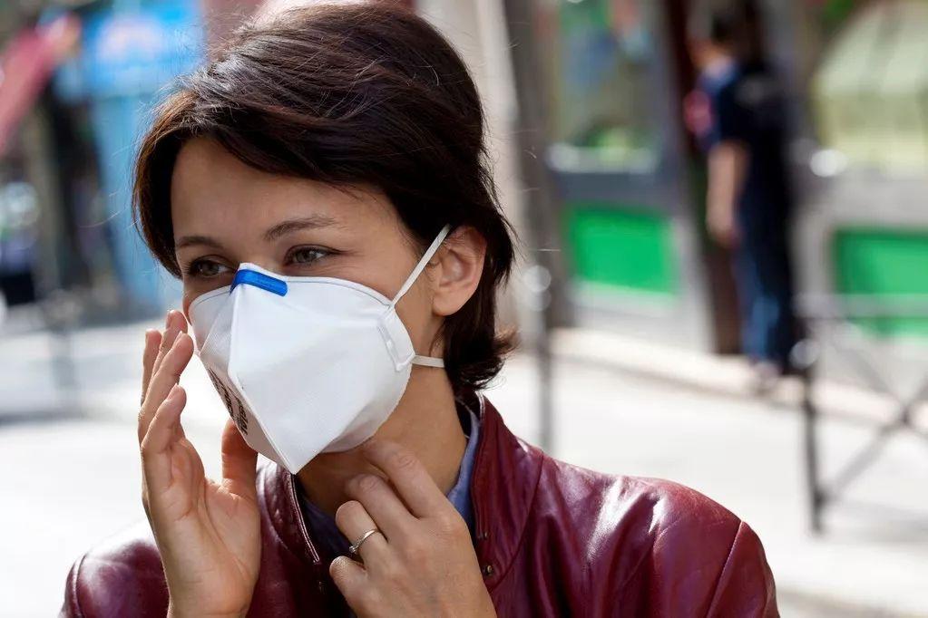 """比""""封城""""管用,媒体报道可以大幅降低疫情传播"""
