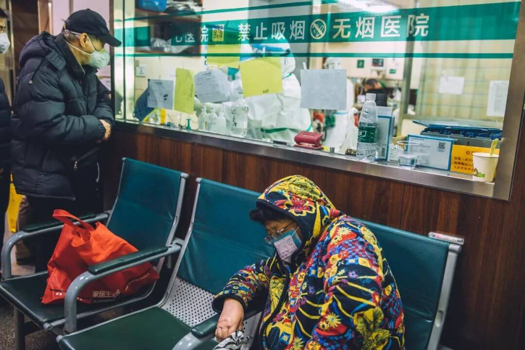 """""""封城""""十天   摄影镜头下的武汉"""