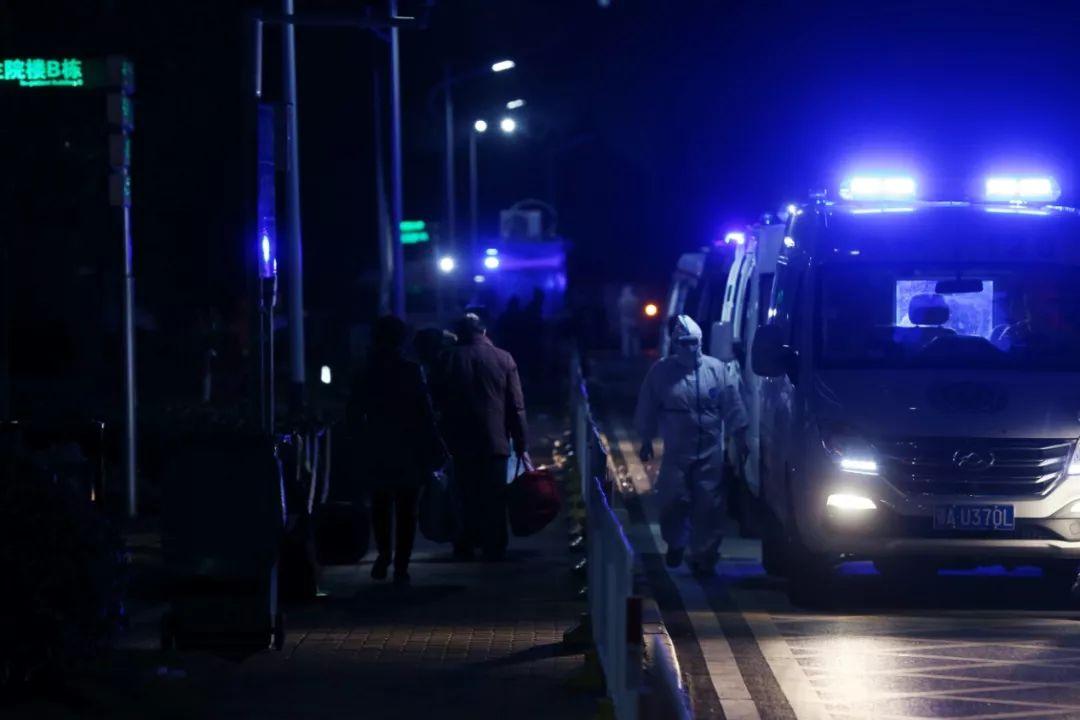 环球时报记者在武汉拍下的这一幕,让中央赴湖北指导组震怒!