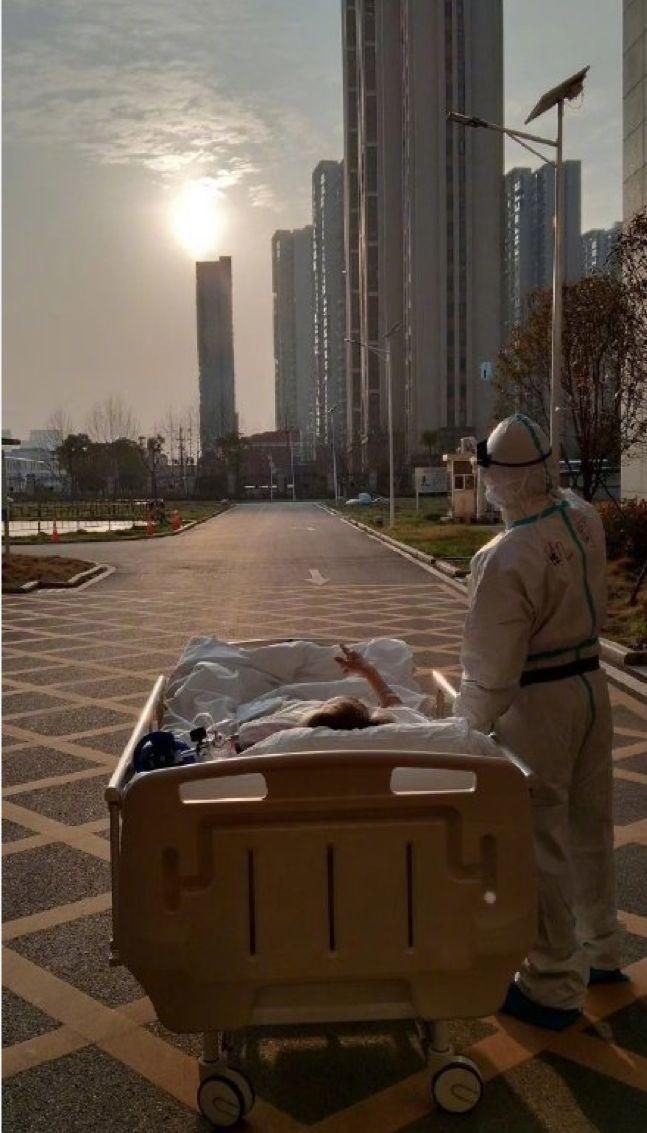 疫情55天,逝者3218人,中国那些不为人知的经历