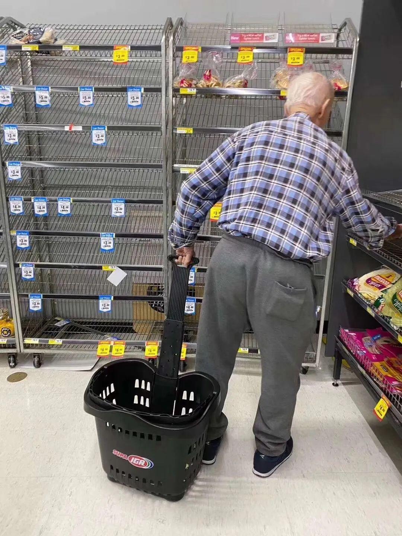 美国各大超市连夜推出新政策:增加老年人购物时段,请大家去超市避开这些时间!