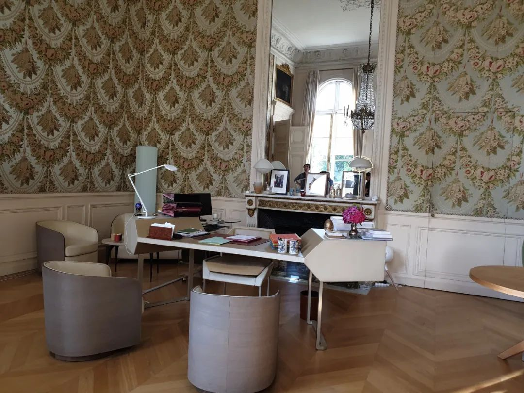 住在爱丽舍宫的第一夫人表示隔离生活艰难,特鲁多怒了:我更难!