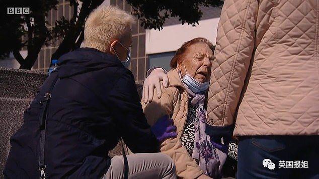 西班牙医生绝望哭诉:我们不得不拔下老人的呼吸机,看着他们死去……