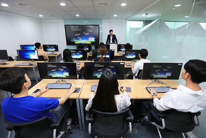 会考崩了,高考不想参加,如何到韩国留学?