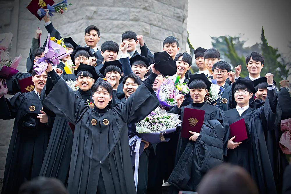 """申请韩国留学不可缺少的""""料"""""""