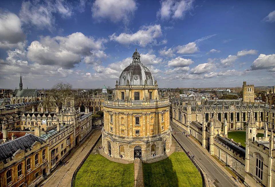 2020英国大学申请数据发布!中国学生申请量竟创历史新高!?